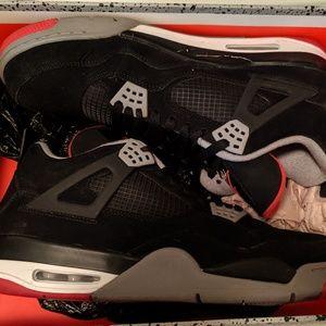 NIKE | Air Jordan IV 4 Retro | Red Black